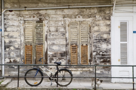 Cuadro bicicleta en port�n (bgca0367)
